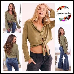 FREE PEOPLE HENLEY BUTTON FRONT BOHO TIE TOP A3C